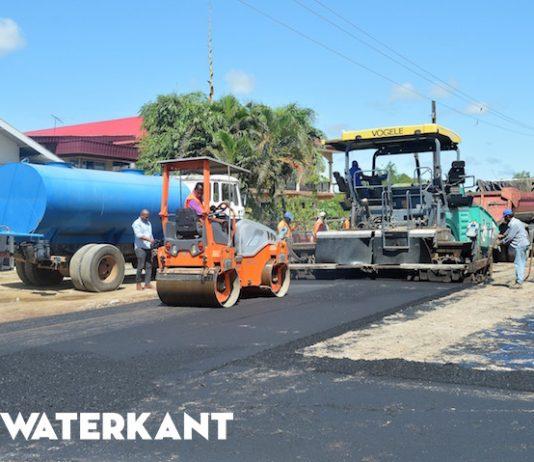 Rehabilitatie Nieuw Weergevondenweg in Suriname hervat