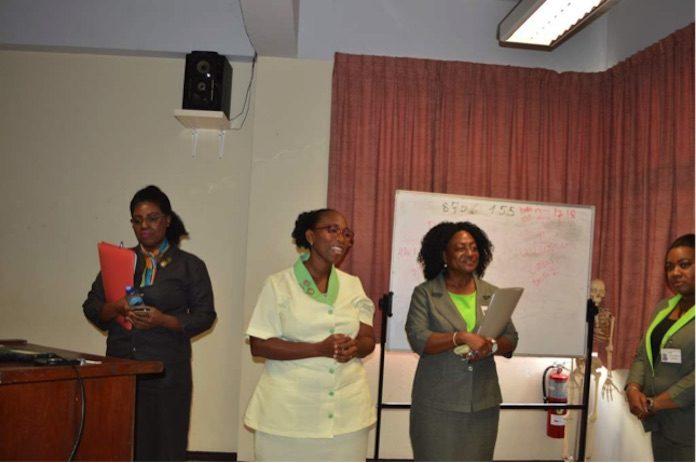 100% Geslaagden bij het EFS College COVAB in Suriname
