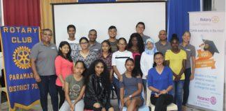 VOJ Student Excellence Award 2018 in Suriname uitgereikt
