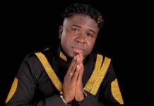 Platina Award voor zanger Damaru uit Suriname