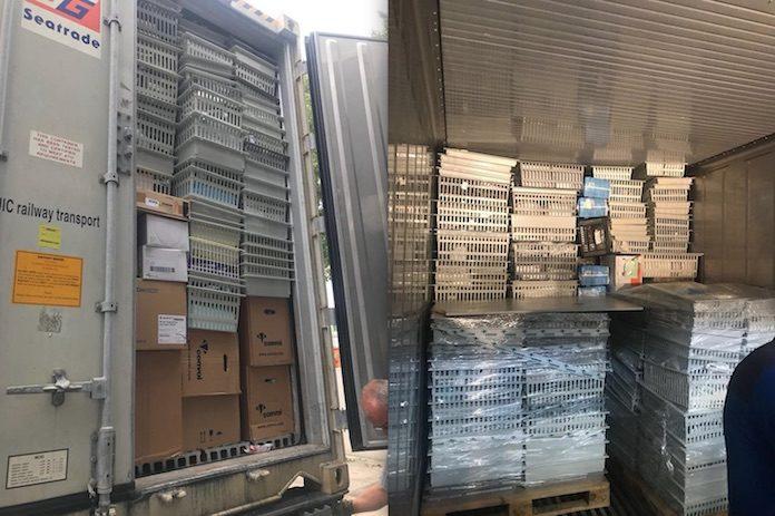 Container met disposables naar ziekenhuizen in Suriname