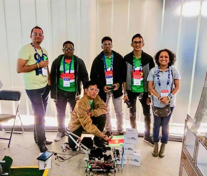 Suriname's robot in groep met hoogste aantallen geaccumuleerde punten