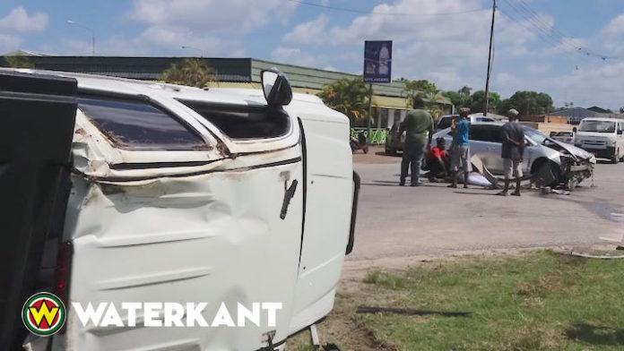 Weer aanrijding tijdens Verkeersveiligheid Maand in Suriname