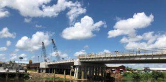 Foto's nieuwe brug over het Saramaccakanaal in Suriname