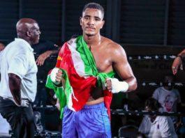 Donovan Wisse uit Suriname wint bij debuut op kickboksgala Glory