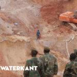 Buitenlandse goudzoekers pompen milieu vol cyanide in Zuid Suriname