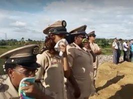 Delegatie van NCCR Suriname en DC Para bezoeken vuilnisbelt Ornamibo