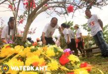 Bloemen voor eerste veertien Chinezen in Suriname