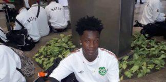 Voetballer Comvalius uit Suriname loopt stage in Nederland bij Almere City