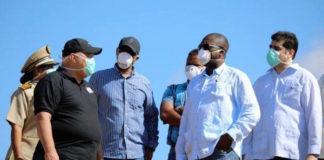 Delegatie van regering Suirname naar vuilstortplaats Ornamibo