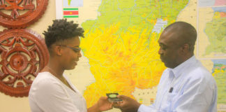 Studente terug in Suriname na afronding medische studie in Georgië