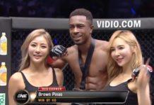 Muay Thai talent Brown Pinas maakt indruk in Jakarta