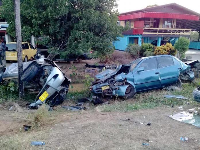 Man aan de dood ontsnapt na uitwijken voor wegverzakking in Suriname