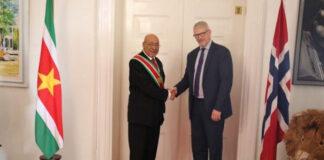 Ambassadeur Noorwegen ontmoet president van Suriname