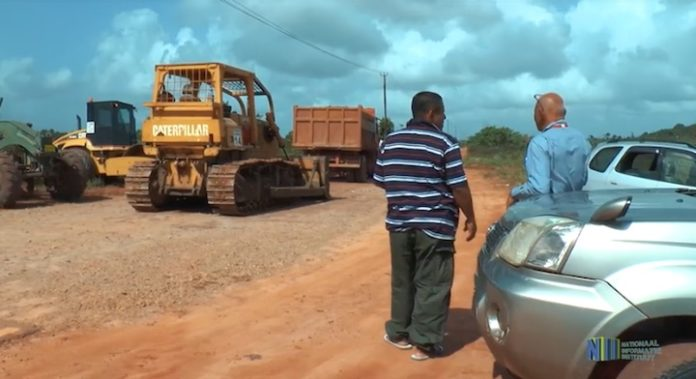 Binnenweg naar inheems dorp Matta wordt aangepakt