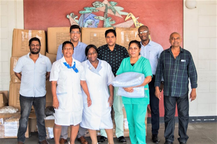 Donatie voor Rooms Katholiek Ziekenhuis in Suriname