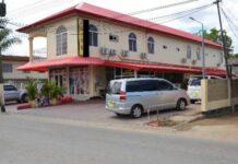 Vrouw steekt man dood bij liefdesdrama in Suriname