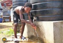 Regenwateropvangproject voorziet in schoon drinkwater voor dorp in Suriname