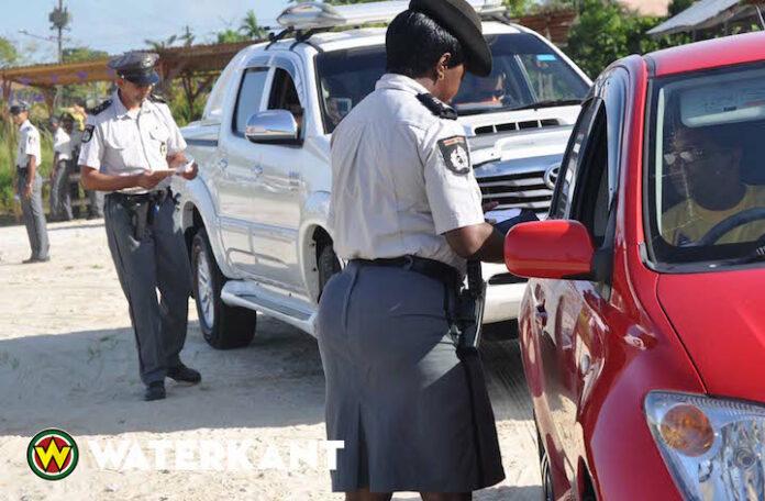 Mensensmokkelaars vervoerden 18 illegale Haïtianen vanuit Coronie naar Paramaribo