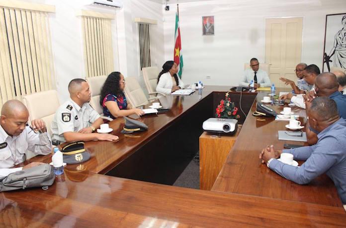 Bijzondere aandacht voor keuring en controle van zwaar materieel in Suriname