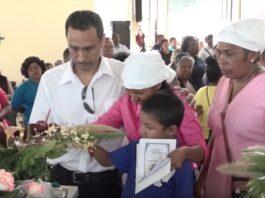 VIDEO: Begrafenis slachtoffers bootongeluk in Suriname