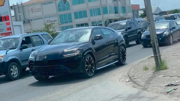 Lamborghini Urus aangekomen in Suriname
