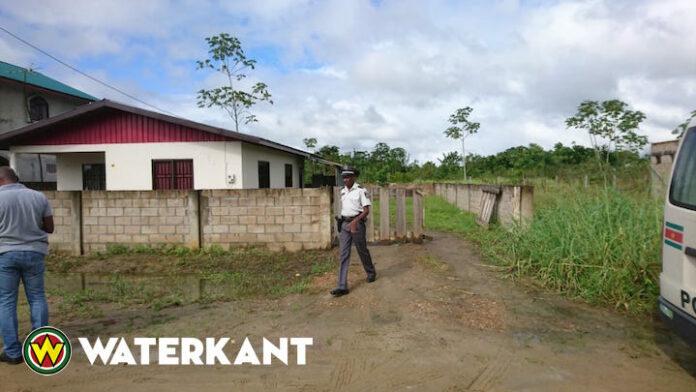 Vakantieganger uit NL wurgt wederhelft in Suriname