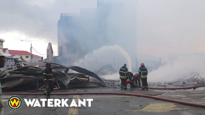 Nablussingswerkzaamheden als gevolg van heftige brand in Suriname