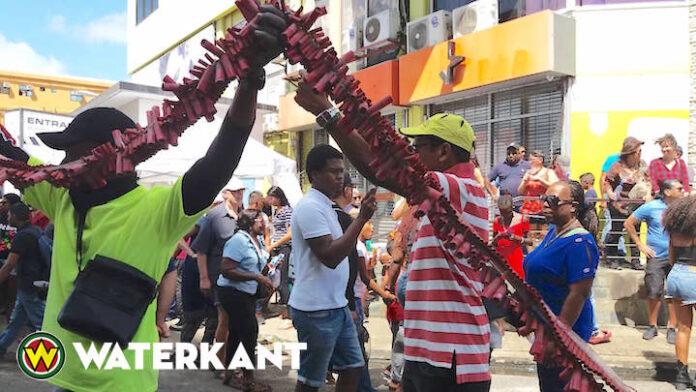 Tot nu toe 10 vuurwerkslachtoffers in Suriname; goed verlopen pagara estafette