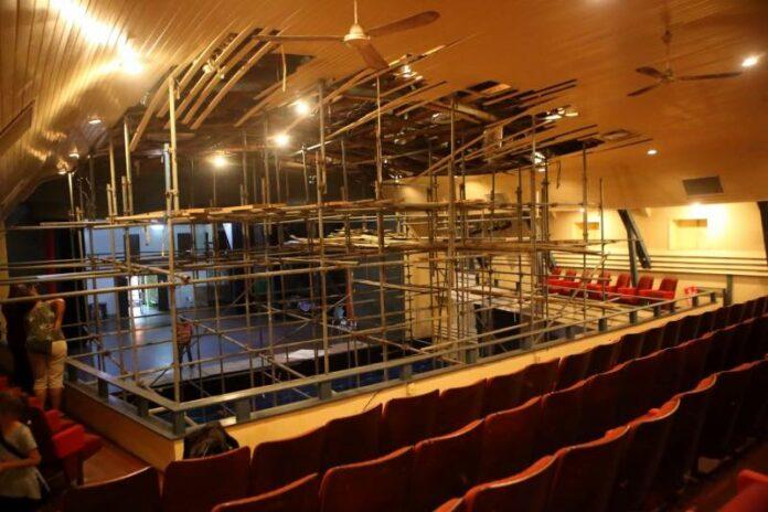 'Save Thalia' Benefietspektakel in Anthony Nesty Sporthal Suriname