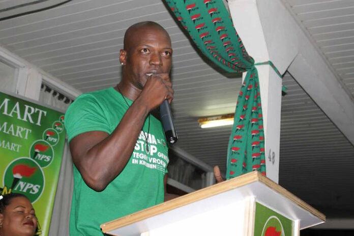 'Wakaman' Pique naar Nationale Partij Suriname (NPS)