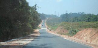 Verkeersdode bij zware aanrijding op de Afobakaweg in Suriname