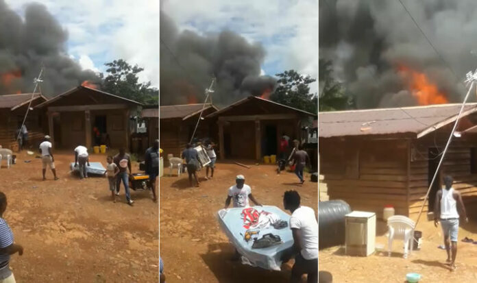 VIDEO: Acht personen dakloos na brand te Brokopondo in Suriname