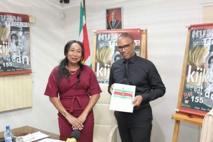 Ministerie van Justitie en Politie organiseert conferentie over mensenhandel in Suriname