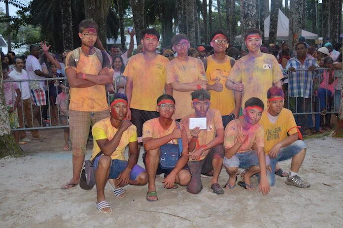 Phagwa 'Makhan Chor Festival' in de Palmentuin Suriname