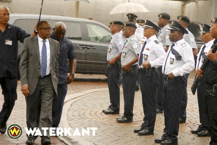 VHP: Ontslag Governor Centrale Bank Suriname scenario voor verkiezingen