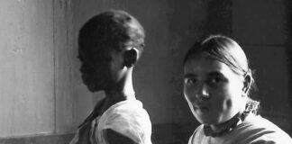Boek met verhalen uit de wereld van lepra patiënten in Suriname