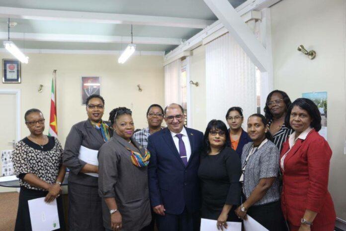Installatie raad voor verpleging in Suriname (RaVeSu)