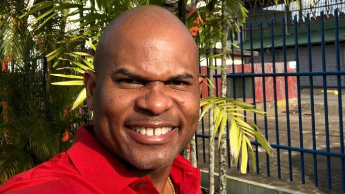 Roué Verveer in juli na vier jaar terug met one-man show in Suriname