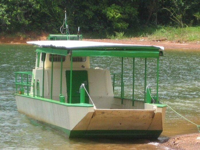 Medische boot 'Profosu' binnenkort weer operationeel in Stuwmeergebied Suriname