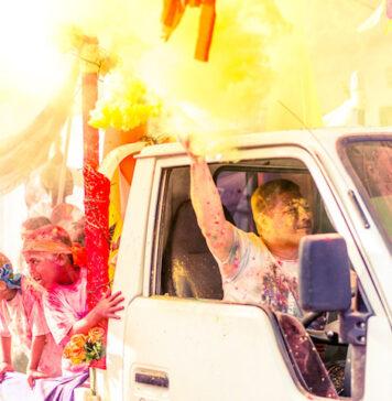 Eerste 'Phagwathon Color Parade' in Suriname