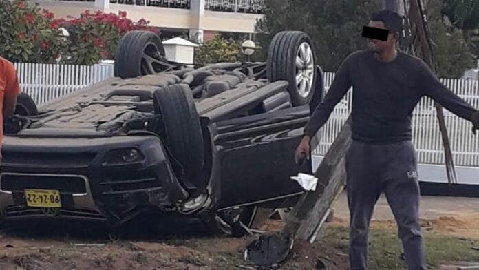 Over de kop geslagen Touareg bestuurder reed met drie keer toegestane hoeveelheid alcohol