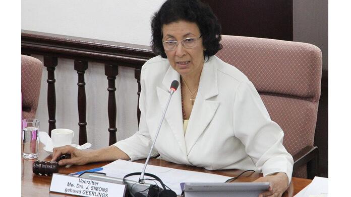 Projectiel afgeschoten op huis voorzitter parlement Suriname