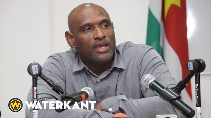 'Minister Dodson wil sociale media in Suriname aan banden leggen'