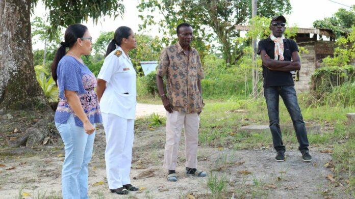 Vuilophaal dienst Suriname start nieuw traject te Wanica