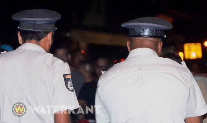 Politie houdt twee 'onhandelbare' jeugdigen aan na doodsbedreiging, mishandeling en diefstal'
