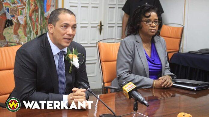 Governor Centrale Bank Suriname in Nederland: goed gesprek gehad met DNB