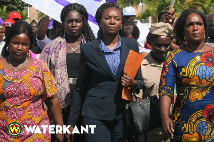Diner-dialoog over vrouwen in de politiek in Suriname