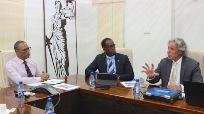 Ministerie lanceert management informatie systeem voor politie Suriname