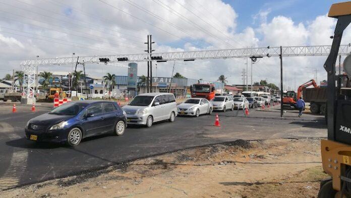Rijbanen Van 't Hogerhuysstraat in Suriname opengesteld